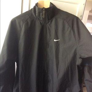 Nike Windbreaker mens large